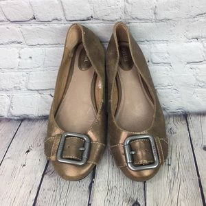 Fossil Leather Gold Metallic Buckle Flats Size 10